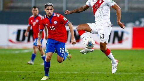 Diego Valdés será titular en Chile ante Venezuela