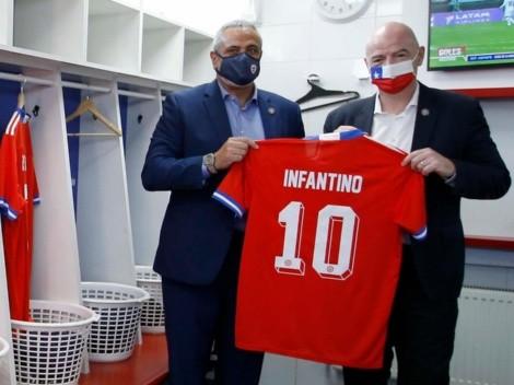 """Infantino: """"Chile puede albergar un Mundial"""""""