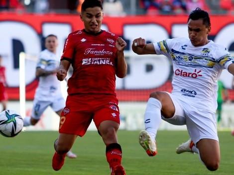 Ñublense y Everton empatan para soñar con la Sudamericana