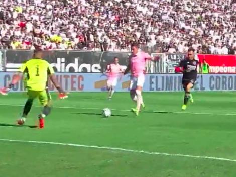 Valencia abre el marcador para la UC en el clásico ante Colo Colo