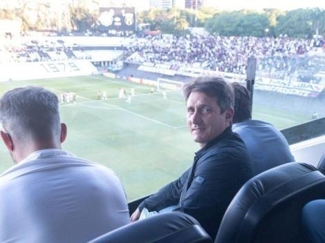 Aplauden a Barros Schelotto por andar en los estadios