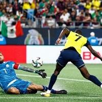 Ecuador vence a México con los de su torneo local