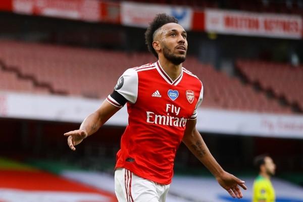Pierre-Emerick Aubameyang firma extensión con Arsenal y seguirá con el club hasta 2023